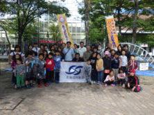 10月6日の遊具塗装体験の参加者と昭和会の皆さん